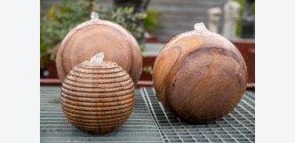 Fontána pískovcová koule s pruhy