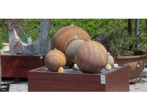 Fontána pískovcová koule hladká