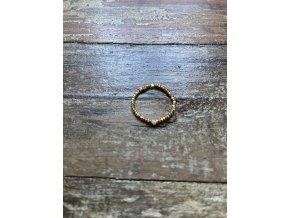 Prstýnek ze zlacených fazet s perličkou Ag925
