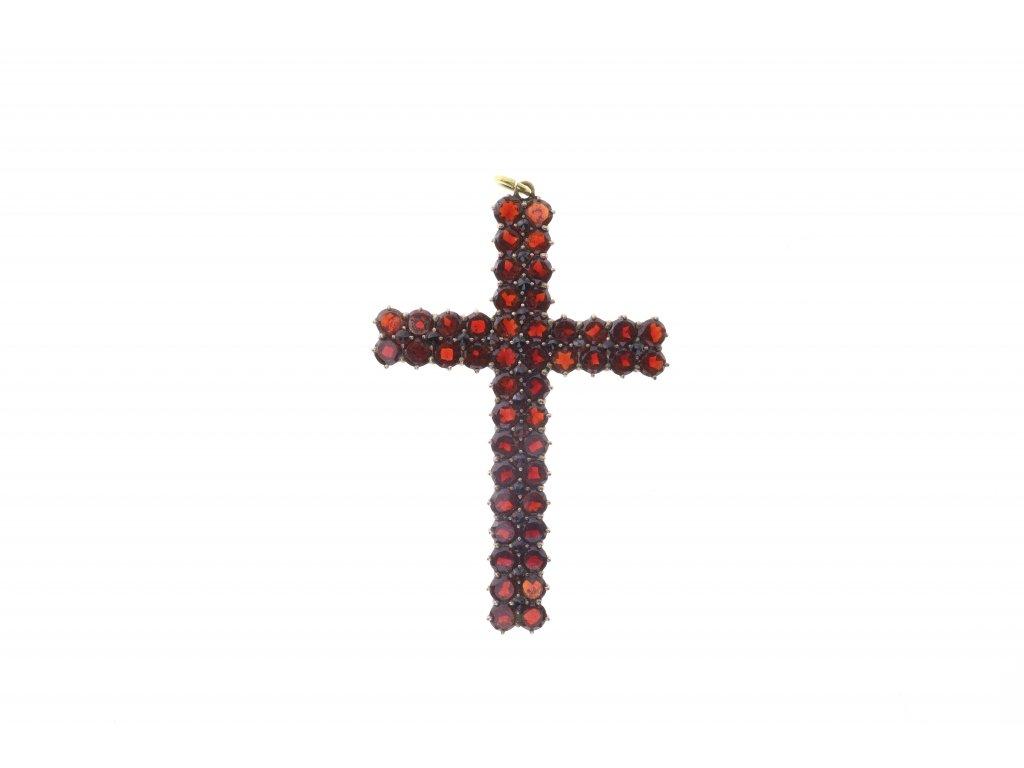 Přívěsek ve tvaru kříže s českými granáty