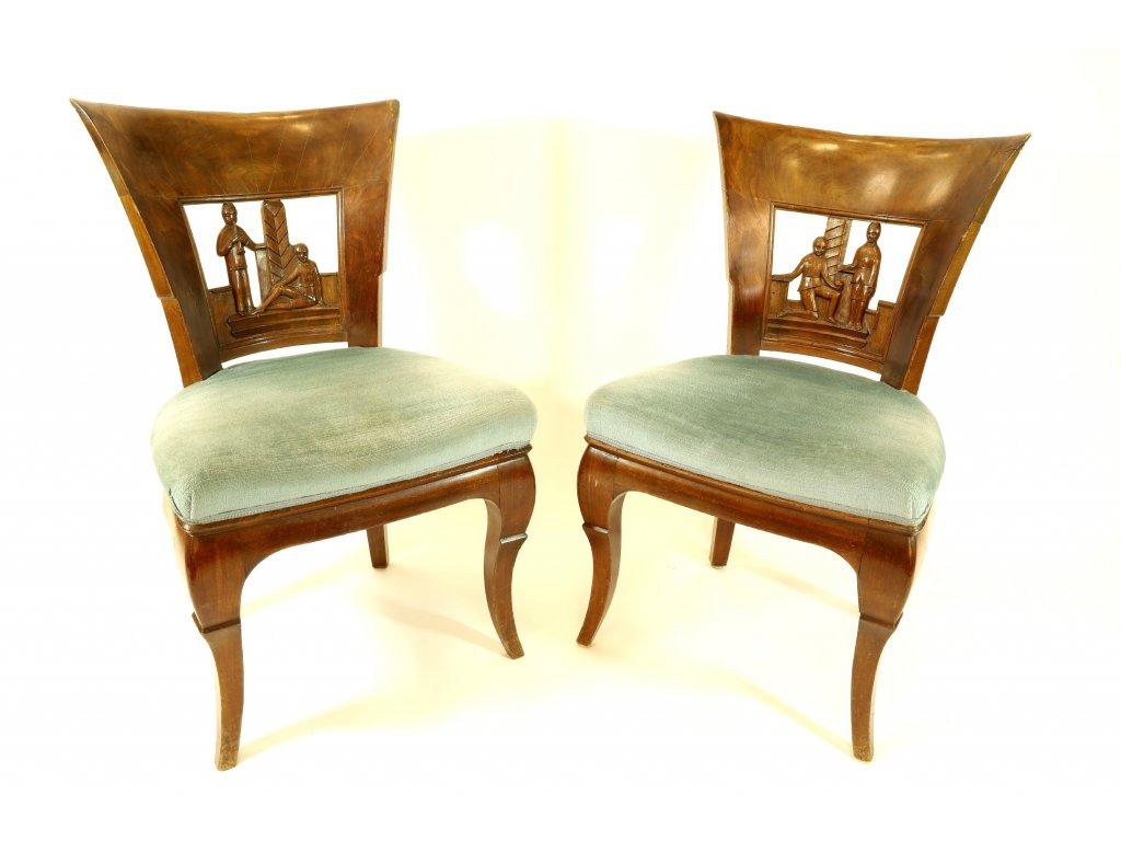 Dvě krásné židle
