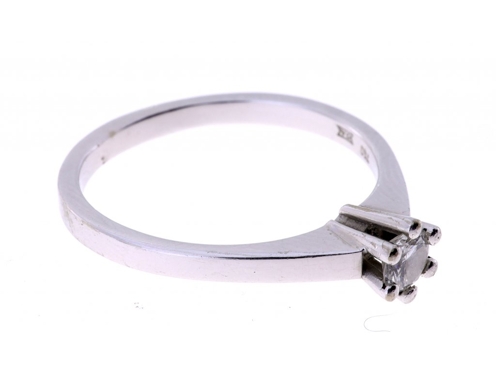 Zlaty prsten 750/1000,  Briliant 0,22ct