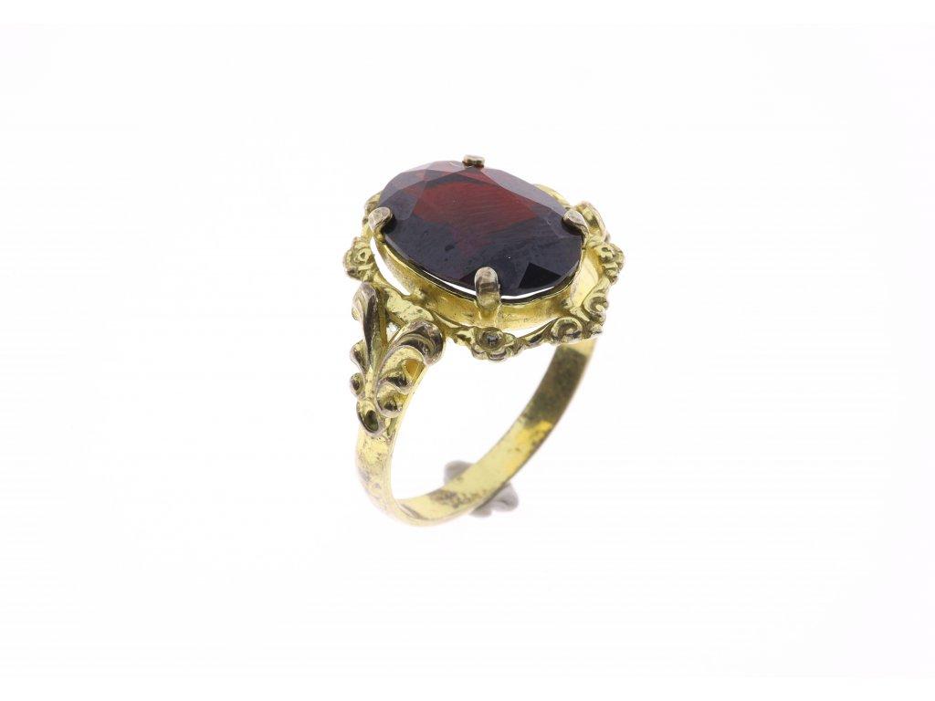 Prsten kámen tyrolský granát