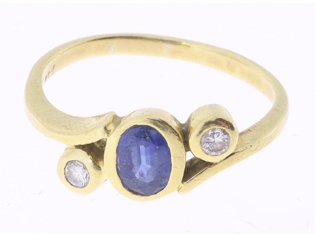 Prsten safír 0,60 ct a dva brilianty 0,09 ct