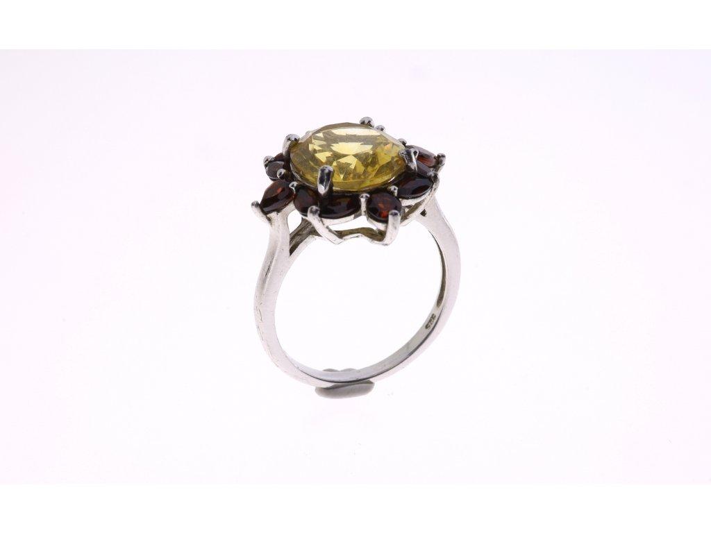 Prsten, centrální kámen citrin,