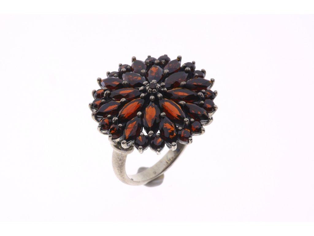 Prsten květ
