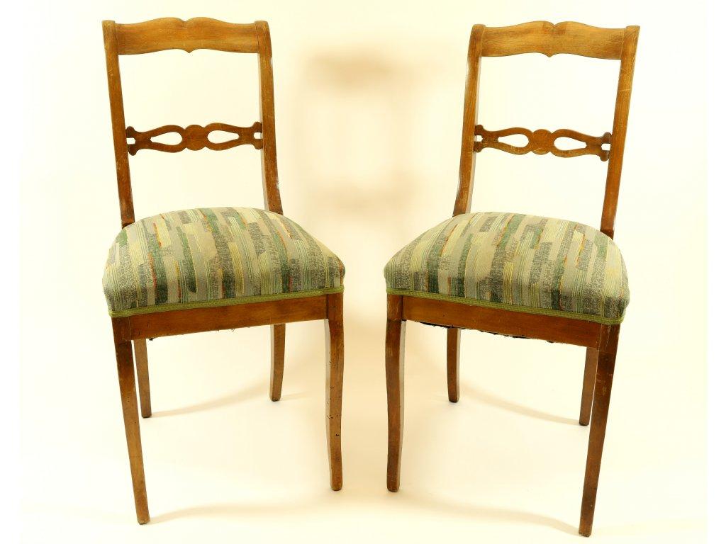 Pár měšťanských židlí