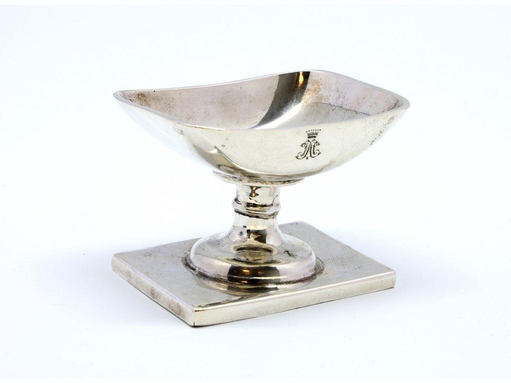 Starožitná stříbrná miská