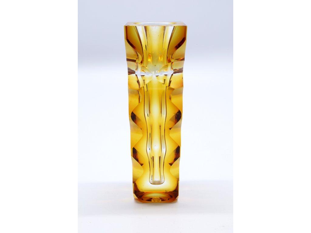 Váza žluta, Oldřich lipský