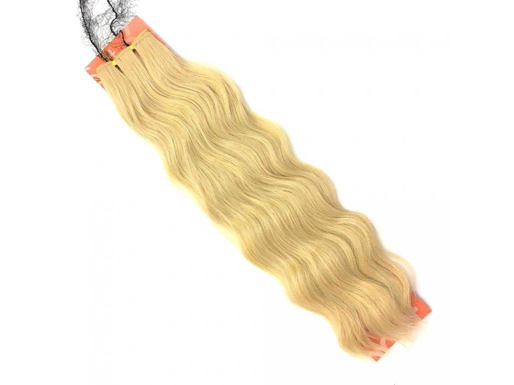 Umělé vlasy na třásni zvlněné 50cm Super blond SB