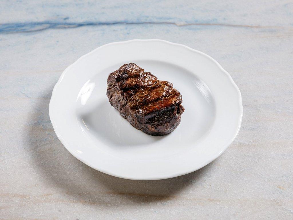steak svíčková s vejcem