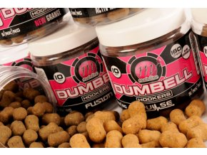 Mainline chytací boilies pelety Dumbel Hookers New Grange