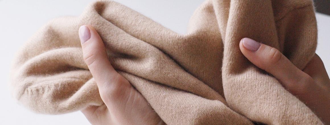 Kašmírový svetr
