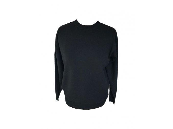 cerny kasmirovy svetr