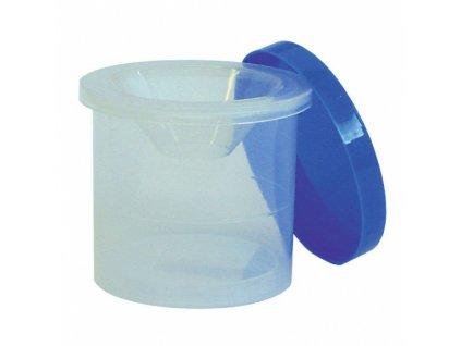 Kelímek na vodu s uzávěrem