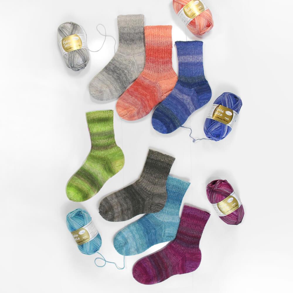 RELLANA Flotte Socke 4-fach Cashmere-Merino, 50g
