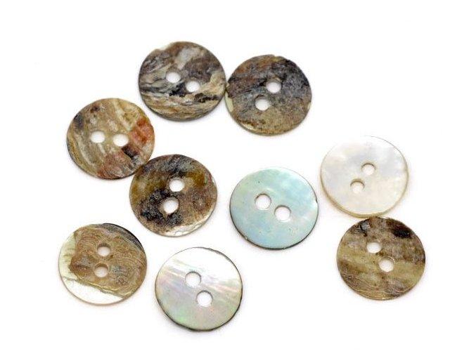 Knoflík z přírodní pravé perleti 2-dírky 11mm