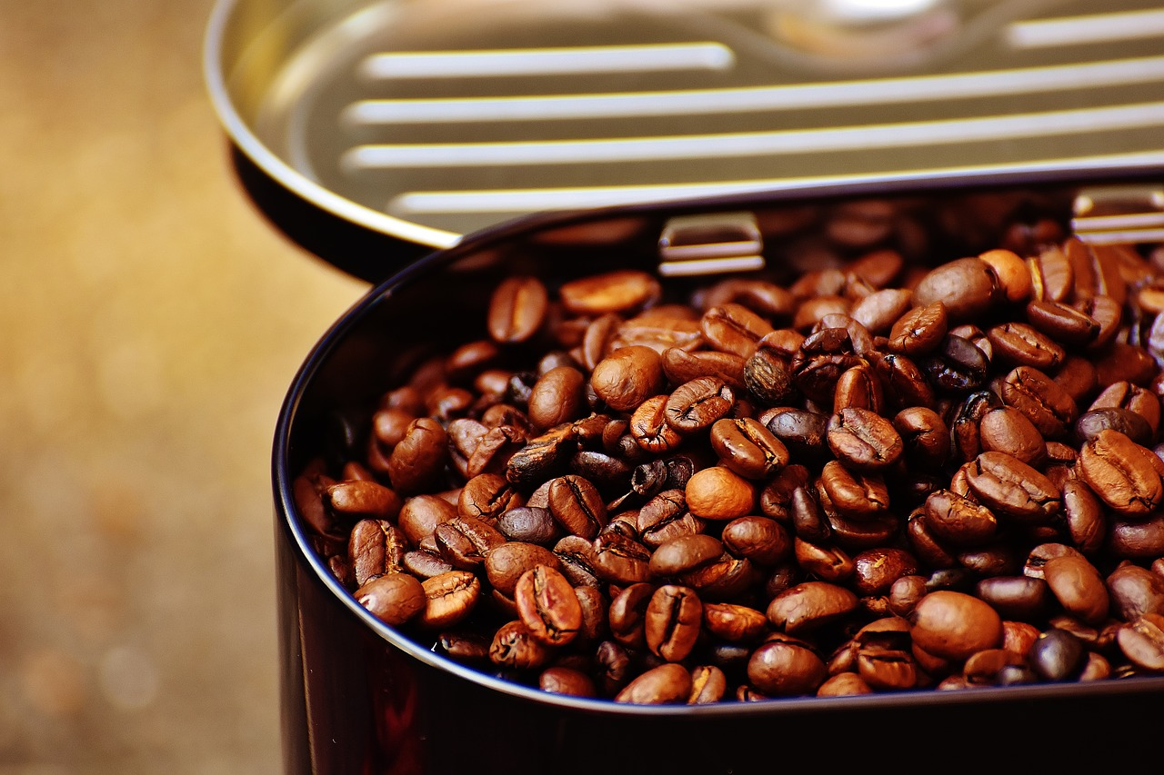 Může se káva zkazit aneb jak prodloužit trvanlivost kávy