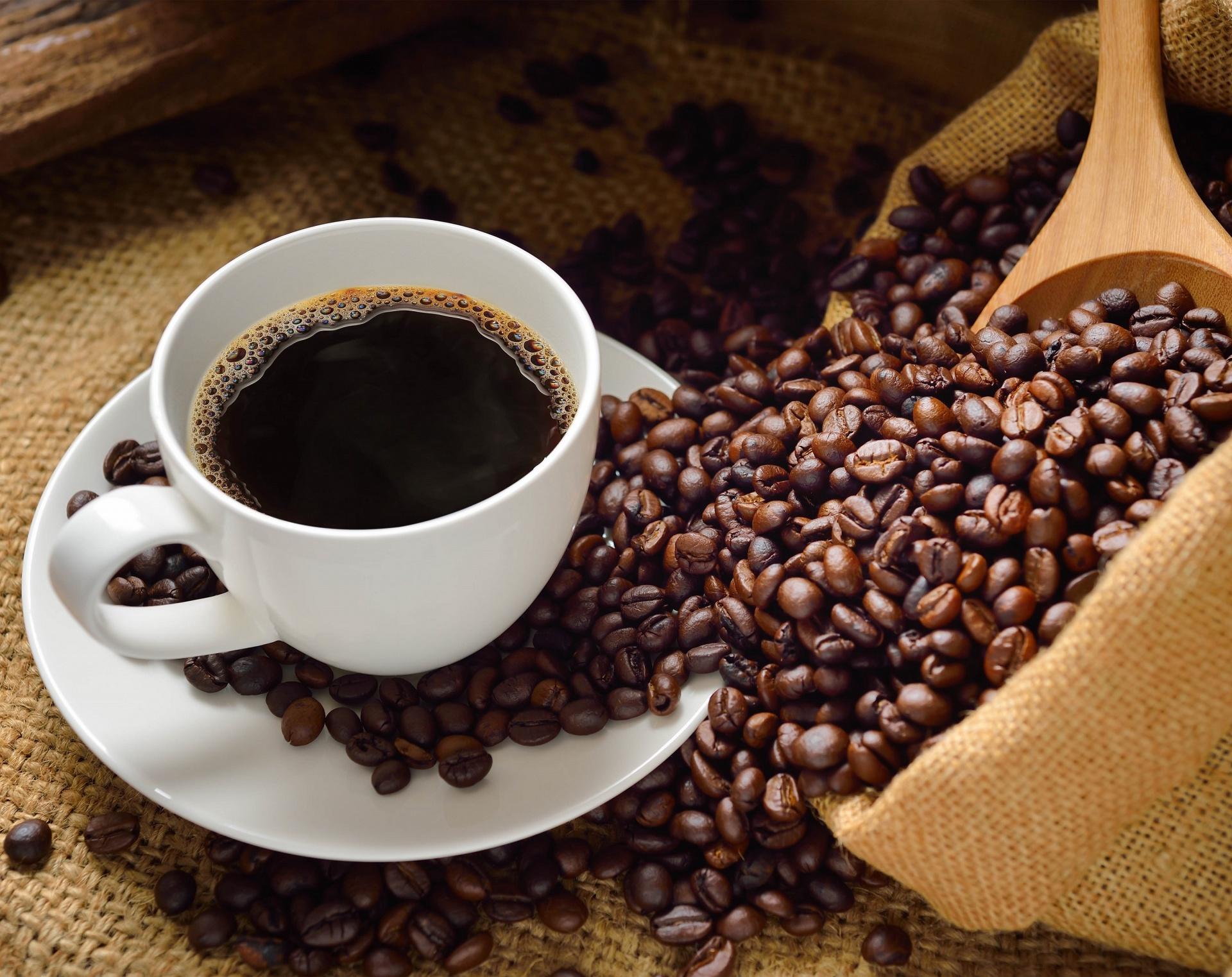 Jáva - Kořeněná káva s bohatou a plnou chutí