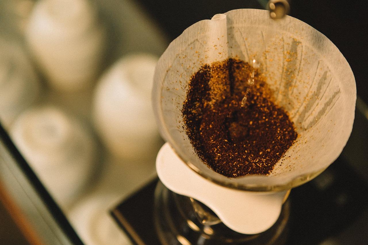 Tradiční způsoby příprav kávy vs. káva do kapsy