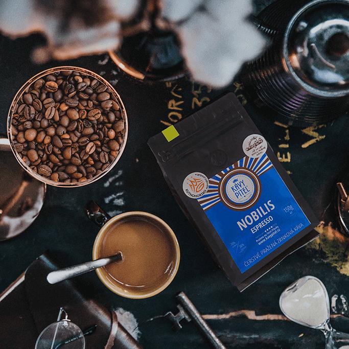Káva Kávy pitel