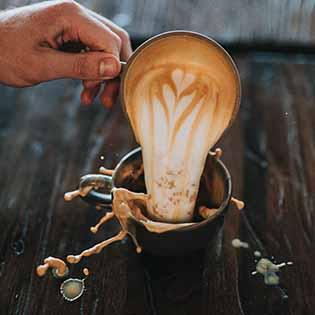 Kavárna a obchod na Tvrzi Přítoky