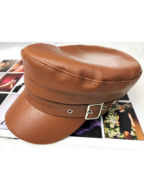 hnedá koženková čiapka so šiltom