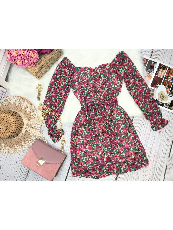 kvetované šaty na ramena