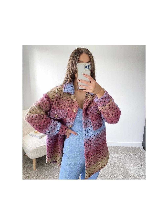 farebný kabát