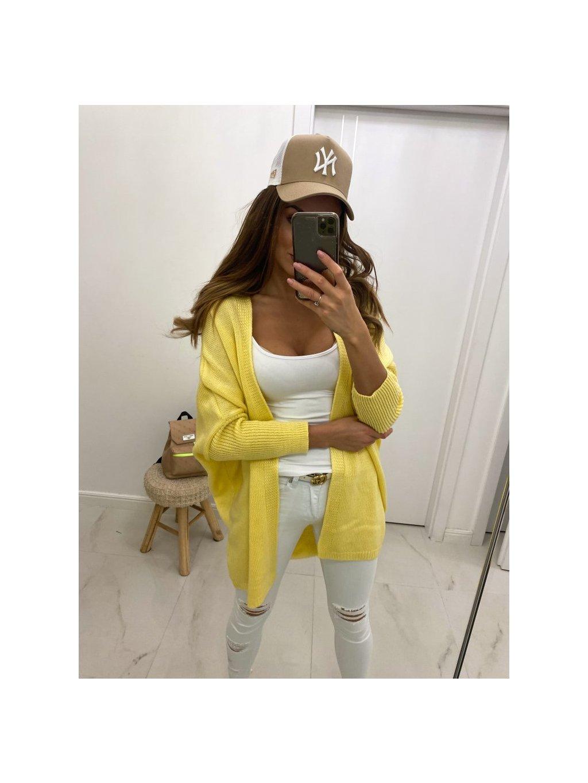 žltý sveter venise