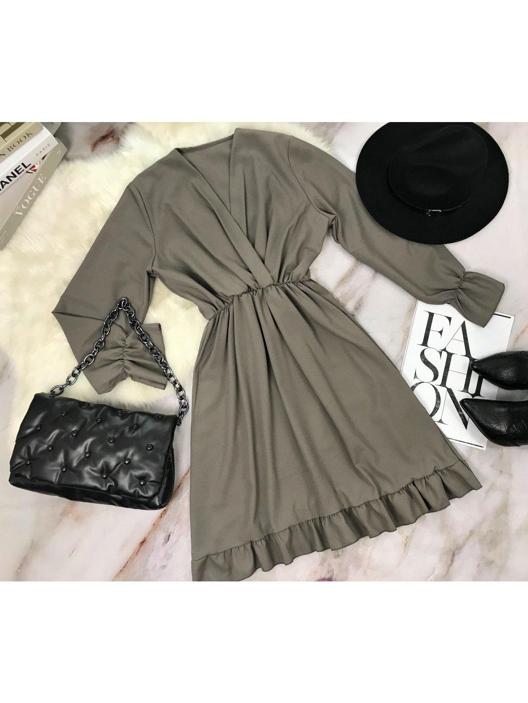 sivohnedé šaty