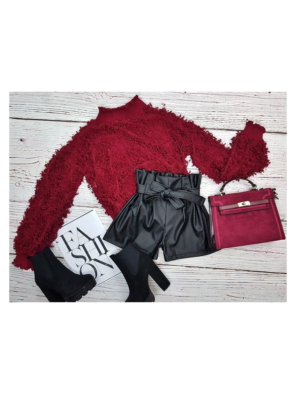 bordový pulóver
