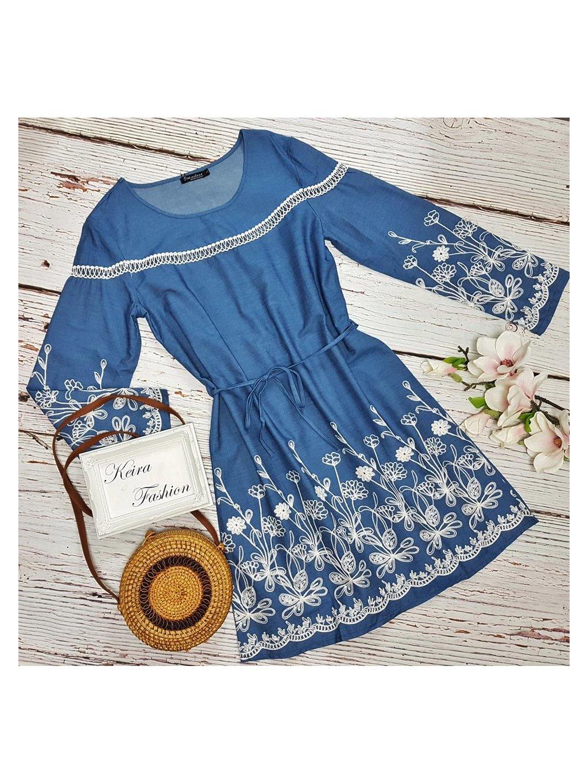 vyšívané riflové šaty