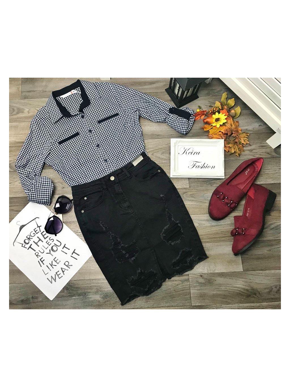 tmavomodrá kockovaná košeľa