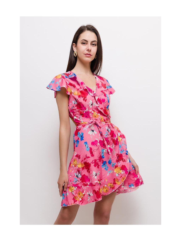 ružové šaty s kvetmi