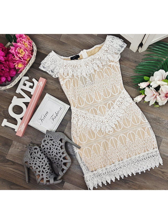 biele elegantné šaty s čipkou