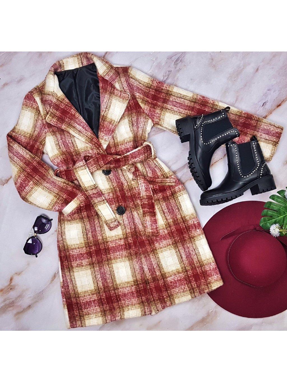 kockovaný kabát