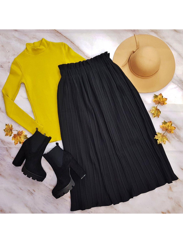 čierna plisovaná sukňa