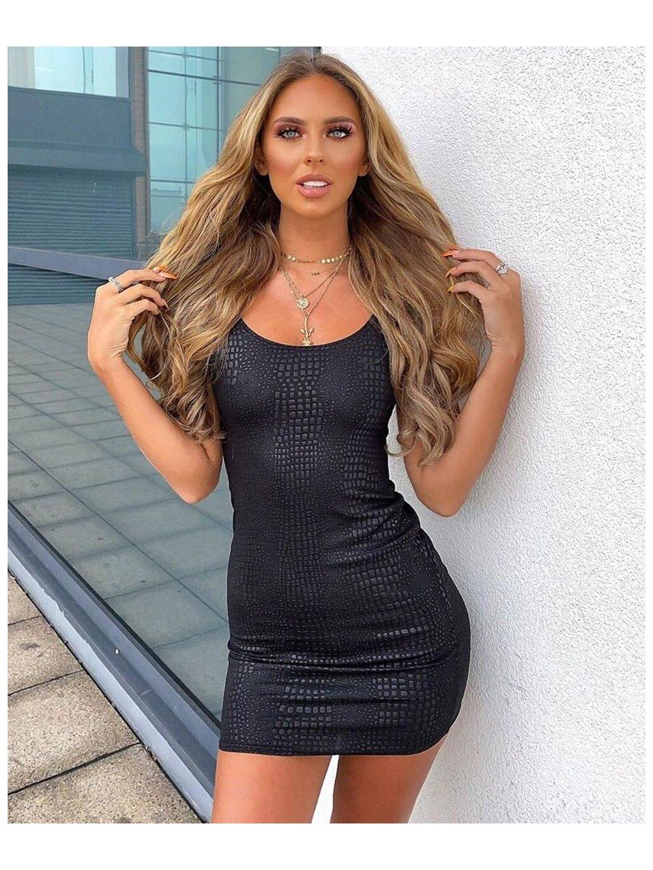 šaty s koženkovým vzhľadom