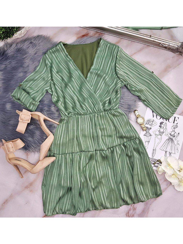 zelené jemné šaty