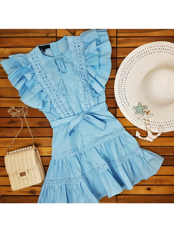 modré šaty na leto