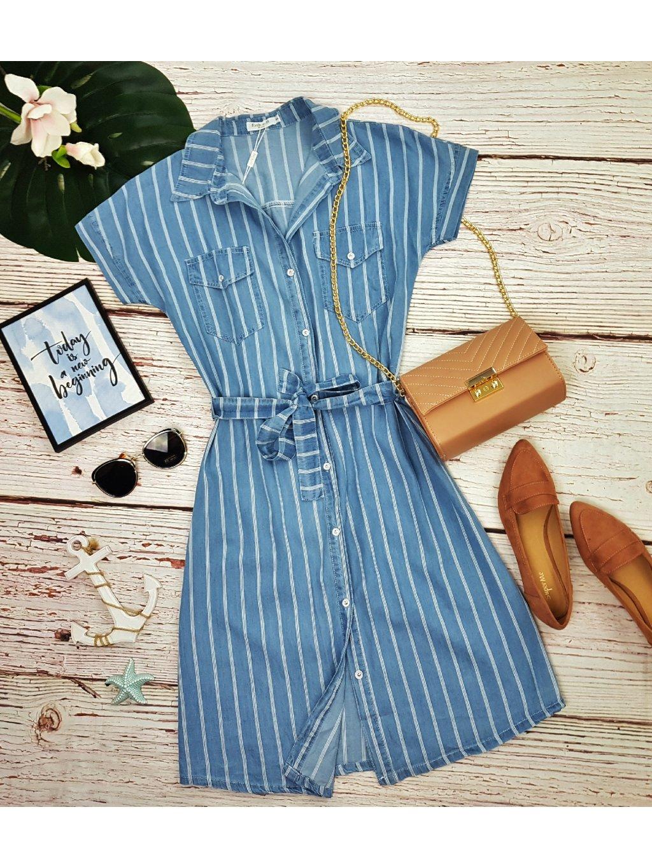 Pásikavé riflové košeľové šaty