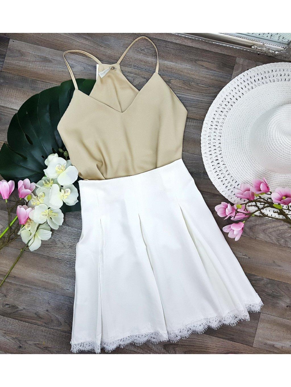 biela sukňa s čipkou