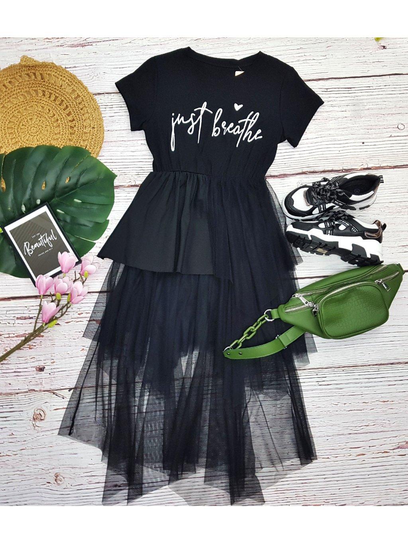 čierne šaty s tylovou sukňou