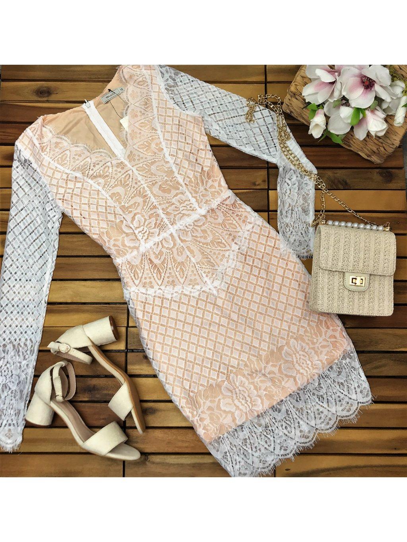 biele čipkované šaty
