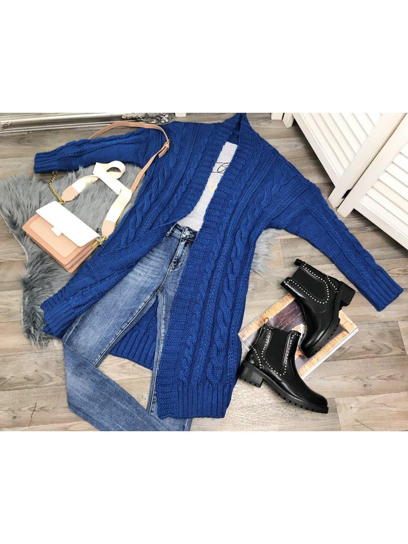 modrý kardigán dlhý pletený