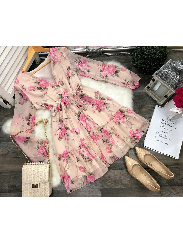 béžové kvetované romantické šaty