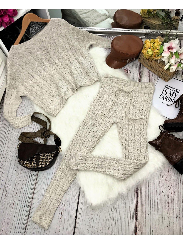 béžová pletená súprava