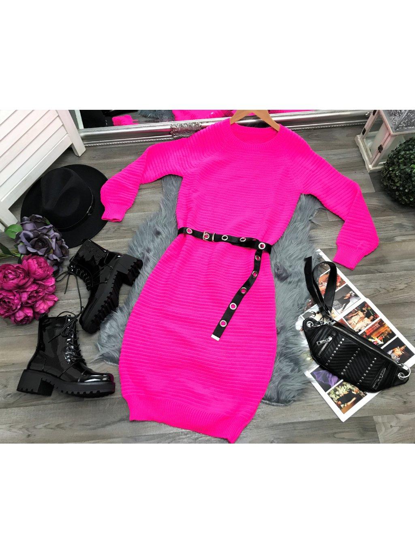 neonovo ružové pletené šaty hrubé hrubšie