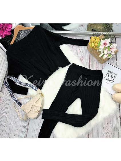 čierna pletená súprava